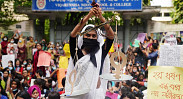 In Pictures: Anti-rape protests in Dhaka continue into...
