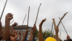 60 injured as RMG workers clash with...