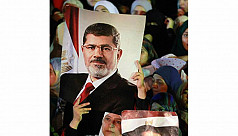 New Egyptian PM seeks dialogue, end...
