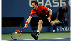 Champion Murray races to late night...
