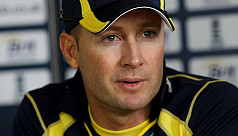 Clarke offers to help Australia after...