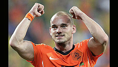 Sneijder calls time on international...