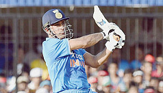 Dhoni stars in India's 22-run win over...