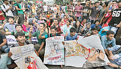 JnU students take to the street demanding...