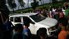 Six die as car plunges into ditch in...