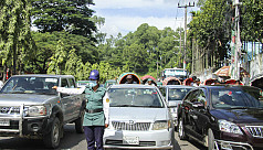 People hail women traffic police...