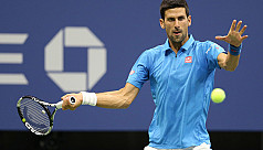 Djokovic into semis after another opponent...