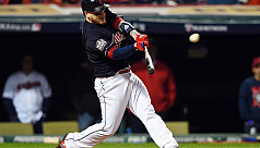 Cleveland Indians blank Chicago Cubs...