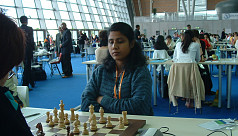 Eva lifts national chess title