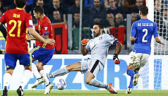 World Cup qualifiers: Italy hold Spain,...