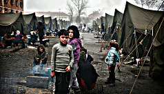 Tensions in Bulgaria refugee camp as...