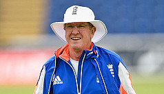 England coach Bayliss misses start of...