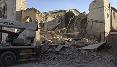 Powerful quake hits central Italy, numerous...