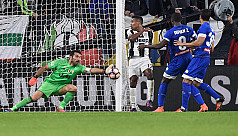Roma beat Napoli, Juve win again
