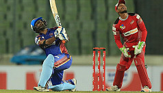 Shahzad blasts Rangpur to convincing...