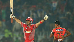 Chittagong overcome Comilla in high-scoring...