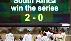 Six-wicket Abbott fires South Africa...