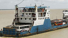 Shipping minister stranded as ferry...