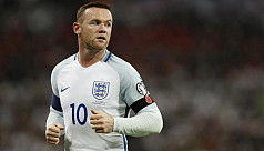 Rooney sorry for 'inappropriate' hotel...