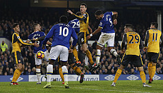 Williams stuns Arsenal, Leicester brought...