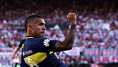 Tevez double leads Boca to 4-2 victory...