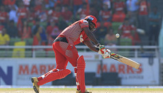 Plays of the day: Gayle's sixes, captain...