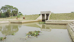 Dam on canal brings sufferings to Amtali...