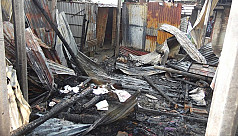 10 Hindu houses torched in