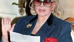 Actress Zsa Zsa Gabor dies at age...