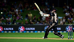 Williamson, de Grandhomme guide NZ to...