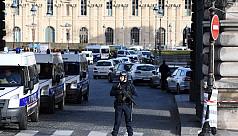 France expels radical imam to...
