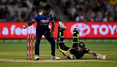 Sri Lanka beat Australia off last ball...