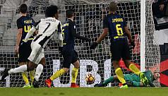 Juventus end Inter streak as Lazio's...