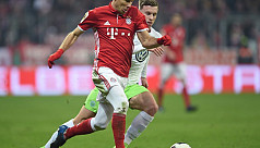 Bayern into last eight with narrow Wolfsburg...