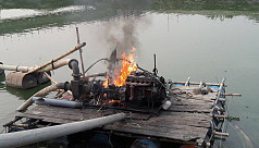 Manikganj UNO torches dredgers