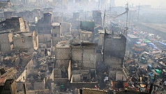 Shanty town fire in Philippines leaves...