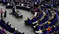 Poland threatens to derail EU summit...