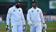 South Africa clinch eight-wicket victory...