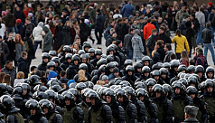 Russian police detain opposition leader,...