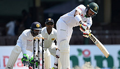 Late wickets halt Bangladesh