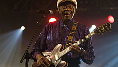 Rock 'n' roll pioneer Chuck Berry dies