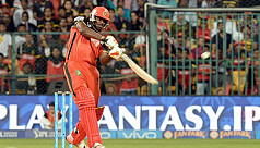 'Universe boss' Gayle reaches 10,000-run...