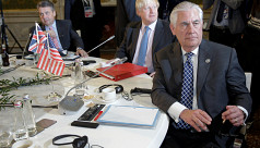 Tillerson carries Syria stance to Moscow...