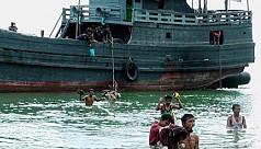 Sri Lanka rescues 30 Rohingya aboard...