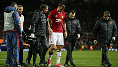 Ibrahimovic faces long layoff