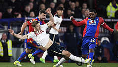 Tottenham refuse to give up title chase,...