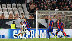 Two-goal Dybala upstages Messi as Juve...