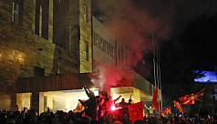 Protesters storm Macedonian...