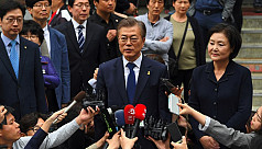 Liberal Moon Jae-in expected to win...
