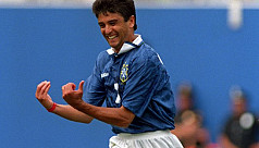 Bebeto's baby now grown up, signs for...